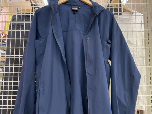 マウンテンパーカーの千葉船橋中古衣類情報