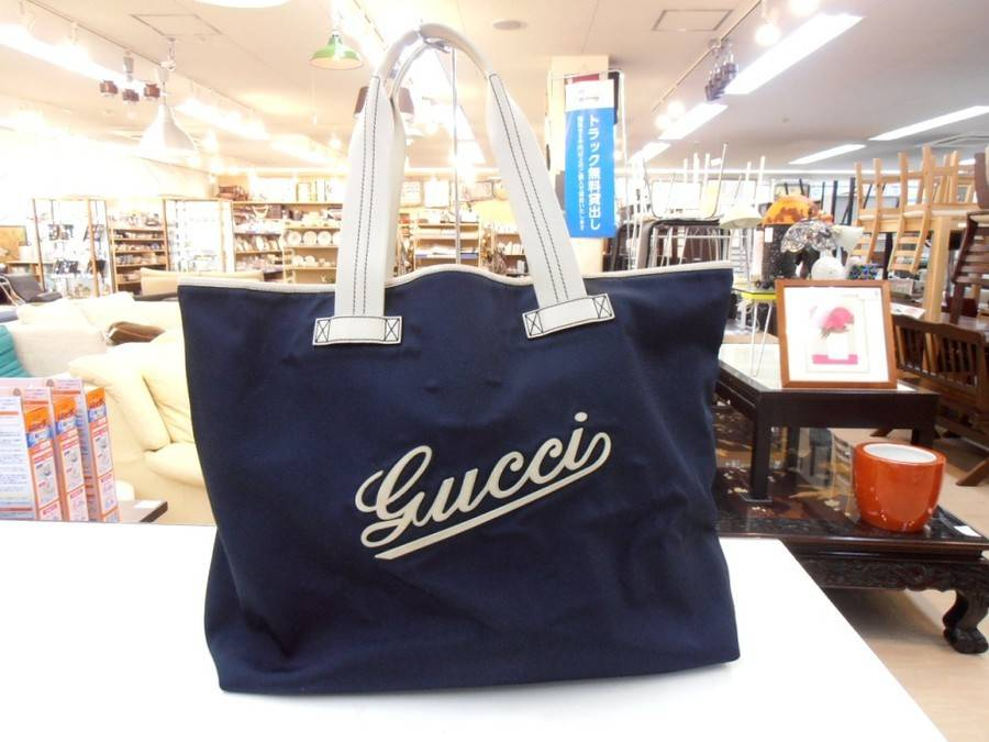 best service 26d27 c974a GUCCI(グッチ)のナイロントートバッグをご紹介! [2018.06.05 ...