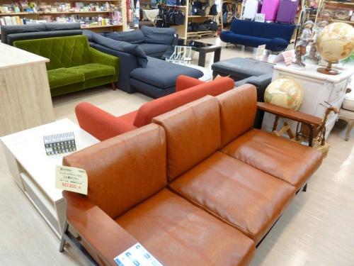 中古家具のソファー
