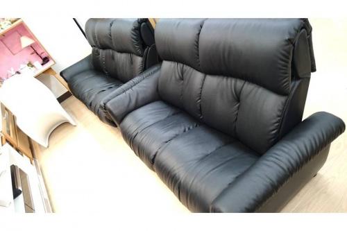 中古家具のリクライニングソファー