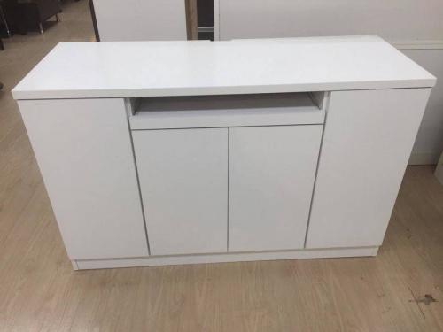 キッチンの白物家具