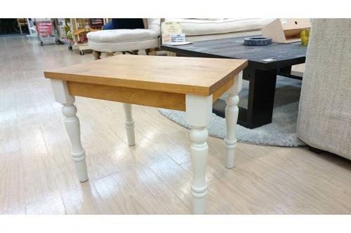 テーブルのコンソールテーブル