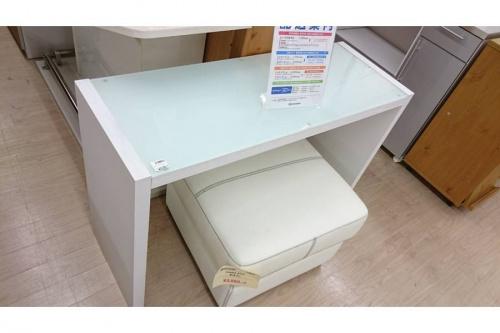 デスクの机