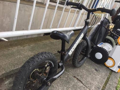 ストリートスポーツの自転車
