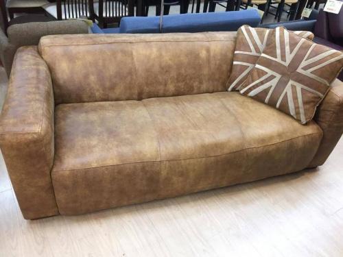 アンティークのソファー