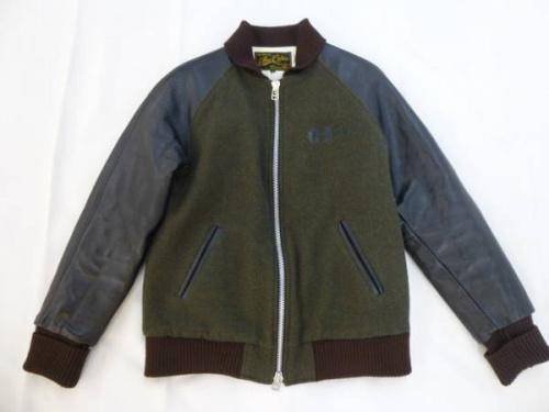ジャケットのCALEE