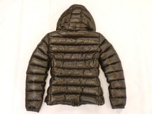 ジャケットのモンクレール(MONCLER)