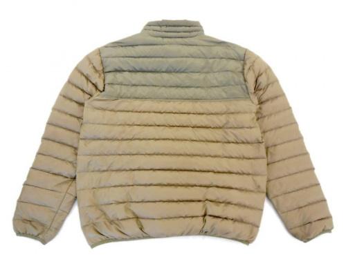 ジャケットのダウンスナップTプルオーバー