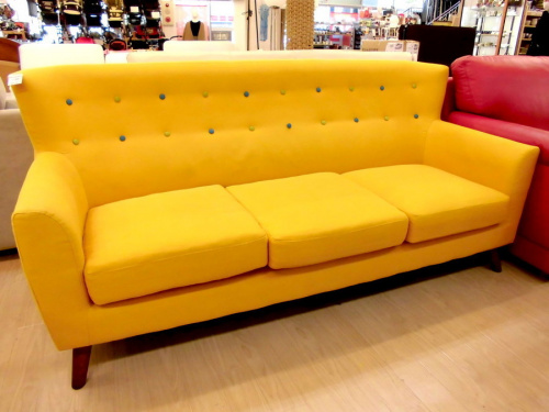 ソファーの3人掛けソファー
