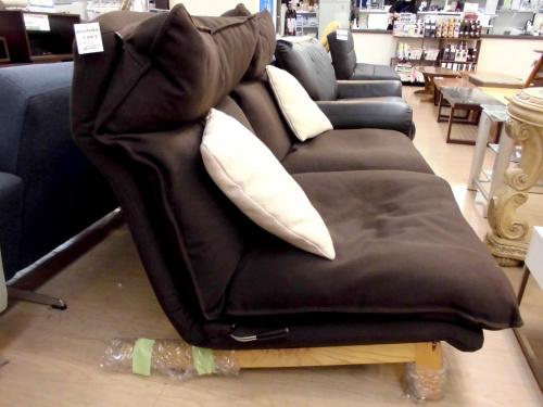 ハイバックリクライニングソファーの無印良品