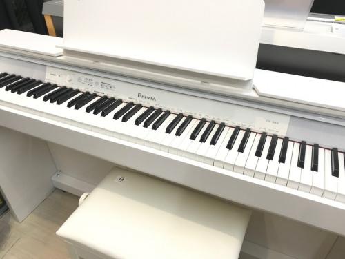 電子ピアノの鍵盤楽器