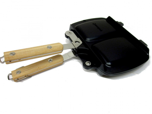 BBQ用品のホットサンドクッカー