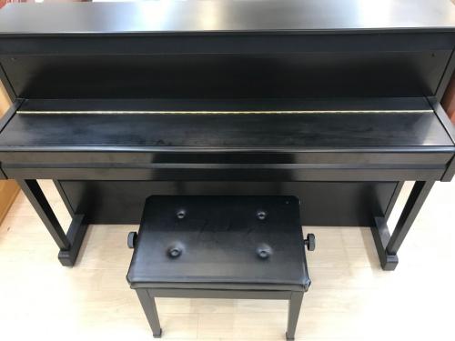 鍵盤楽器のピアノ