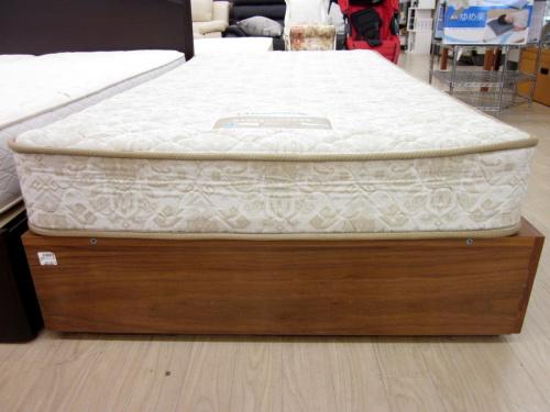 収納付シングルベッドの無印良品
