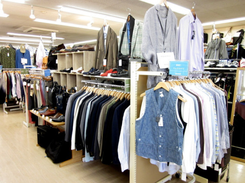 レディースファッションのメンズ衣類