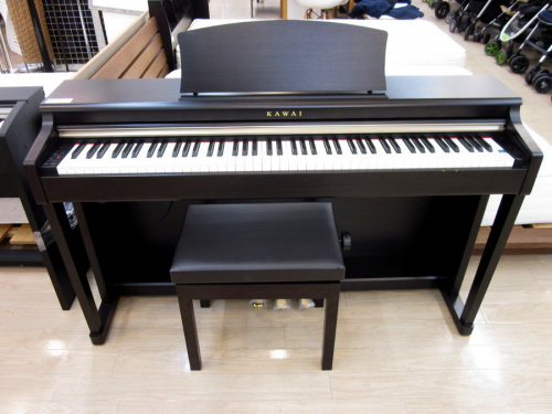 鍵盤楽器の88鍵盤デジタルピアノ