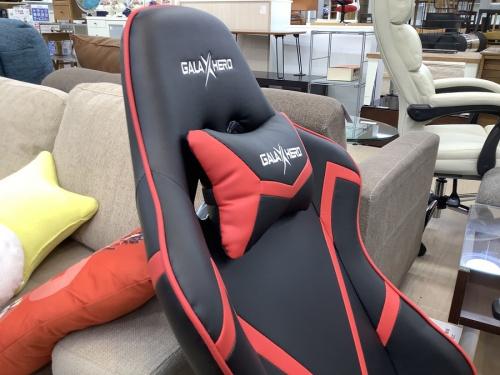 ゲーミング座椅子のGALAX HERO