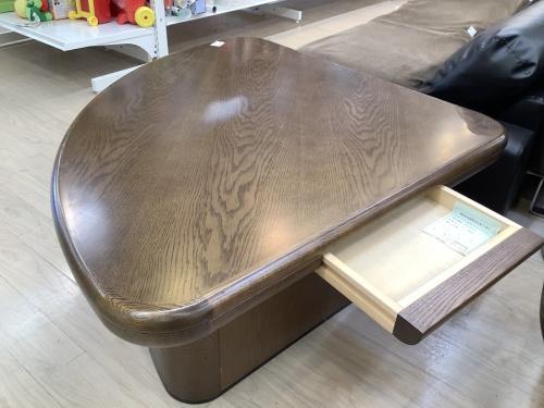 ローテーブルのkarimoku