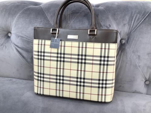 愛知 名古屋のバッグ