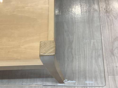 棚付きリビングテーブルのcalligaris