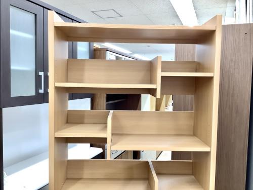 本収納の書棚