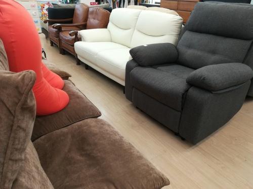 ニトリのリクライニングソファー