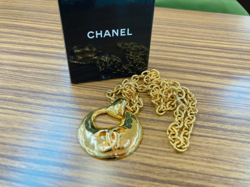 ネックレスのシャネル
