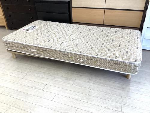 シングルベッドのBeautyrest by SIMMONS