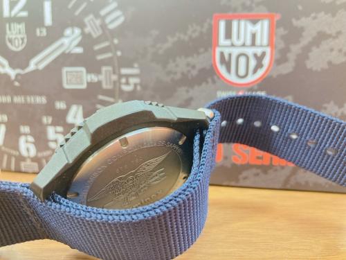 LUMINOXの限定品