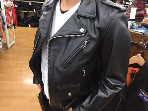 レザージャケットのSchott