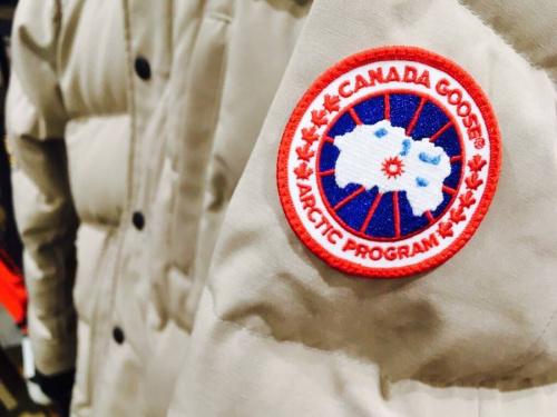 カナダグース(CANADA GOOSE)のカナダグース