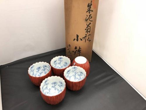 朱泥菊形の花小金井食器