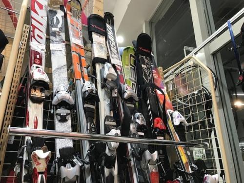 武蔵野市 小金井市 国分寺市 小平市 杉並区 中古 スキーウェア スノボウェア 販売 買取の花小金井スポーツ