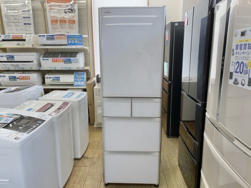 HITACHIの5ドア冷蔵庫