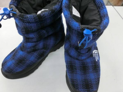 ブーツのシューズ