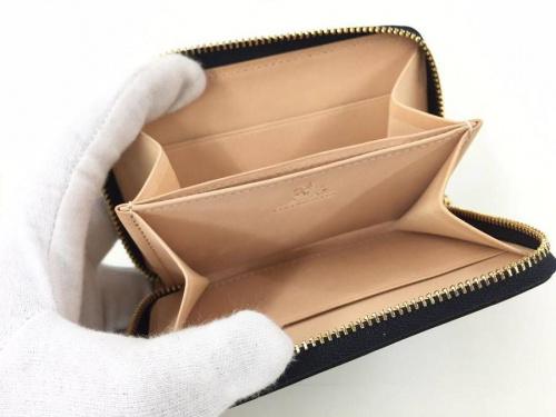 財布の牛久