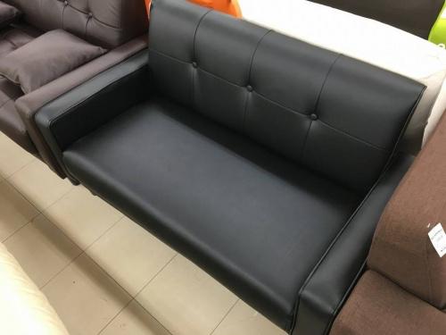 ソファーのイス