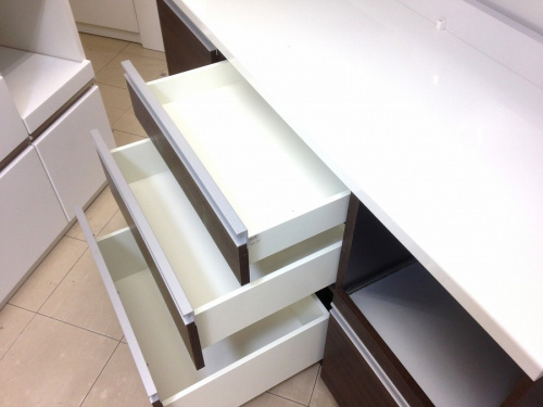 Pamounaのカップボード・食器棚