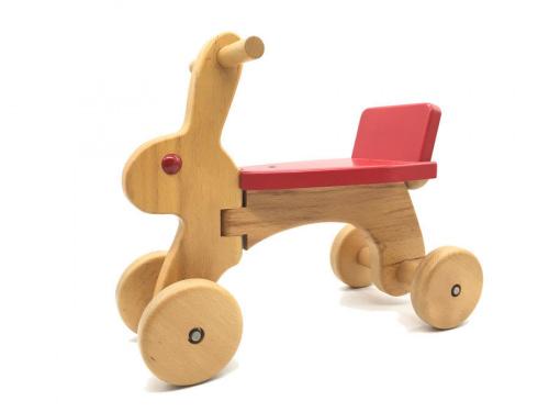 おもちゃの乗用玩具