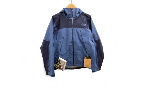 ジャケットのクライムライトジャケット