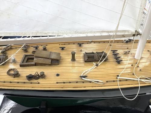 プラモデルの帆船模型