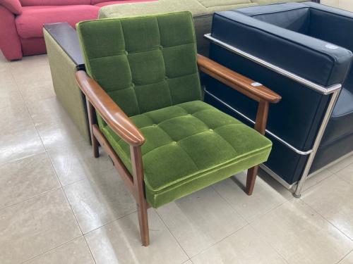 いちおし特選家具のカリモク