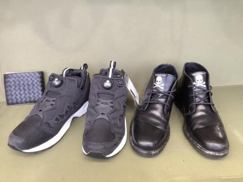 スニーカーのブーツ