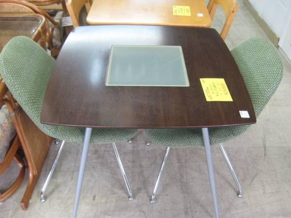 激安ハイデザインなダイニングテーブルセット買取展示中 20100920