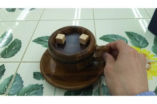 からくり細工のコーヒーカップ