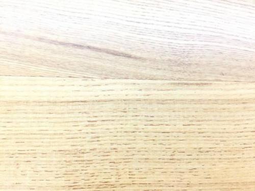 ダイニングテーブルの本棚