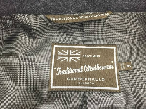 Traditional Weatherwearのメルトンコート