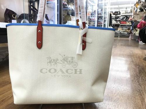 バッグのコーチ(COACH)