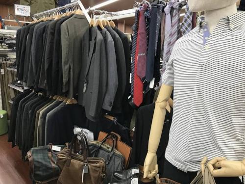 衣類売場紹介の所沢店衣類