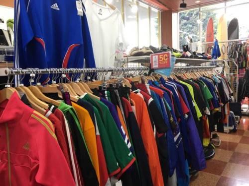 ジャイアンツのスポーツ衣類買取強化